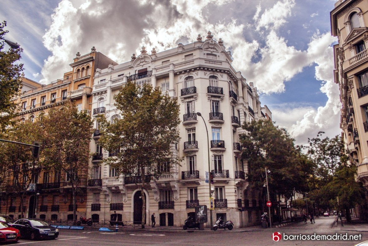 reasons to visit madrid essay With its diverse history and culture, find out why else you should study in spain   please check this box if you wish to receive travel deals, news, contests  there  is not only barcelona and madrid in spain, although these two.