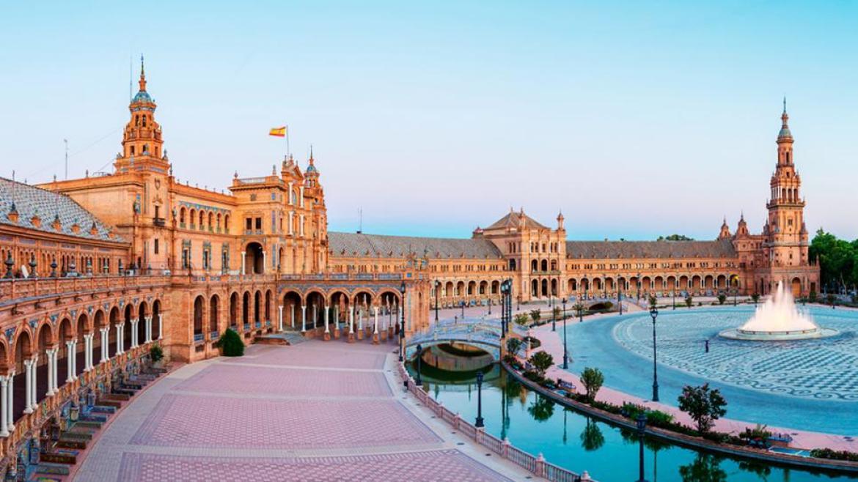 reasons to visit Spain!