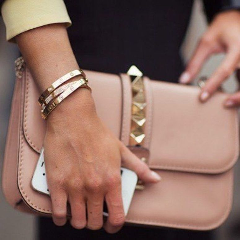 cute nude clutch