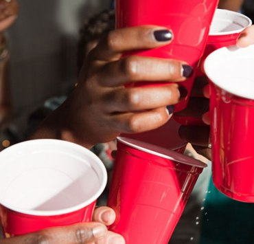 college party, 10 Tips To Survive Your First College Party