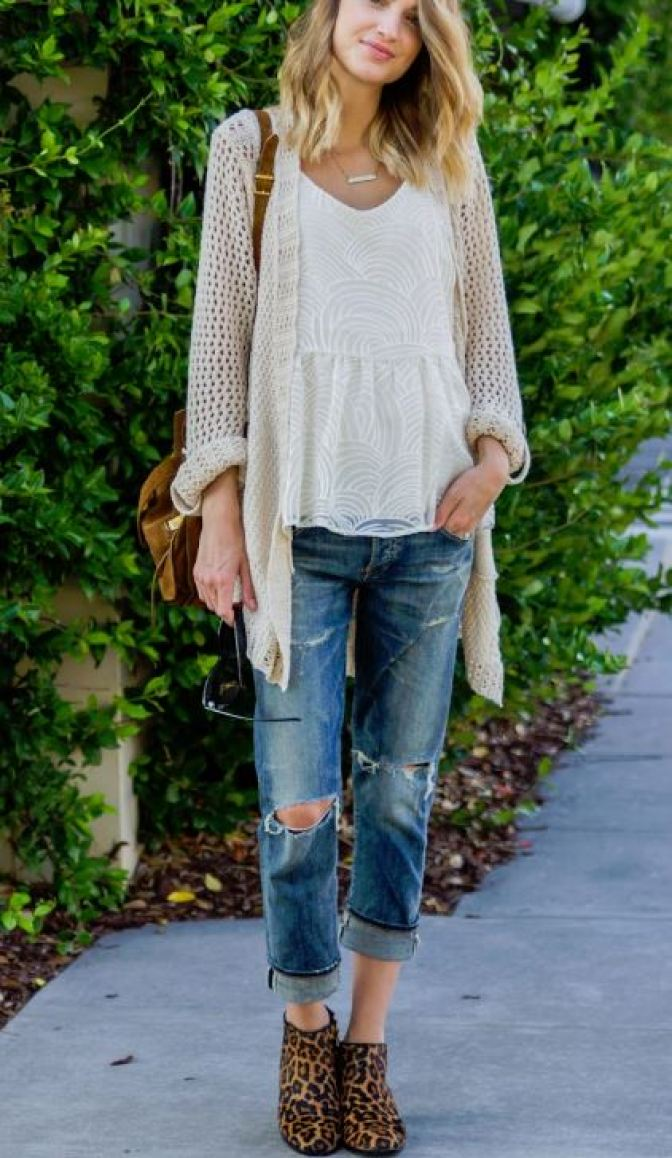 Cardigans are a perfect accessory for you back to school outfits!