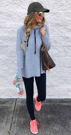 activewear outfits are super cute lazy girl outfits that still look polished!