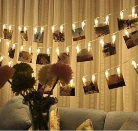 photohanging display