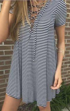 Shirt dresses are super cute lazy girl outfits that still look polished!