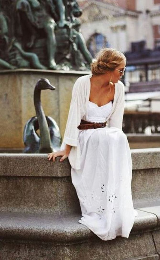 Maxi dresses look so cute as back to school outfits!!