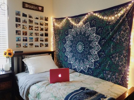 2. Hang Tapestry. To Easily Decorate The Plain Walls Of Your Dorm Room ... Part 48