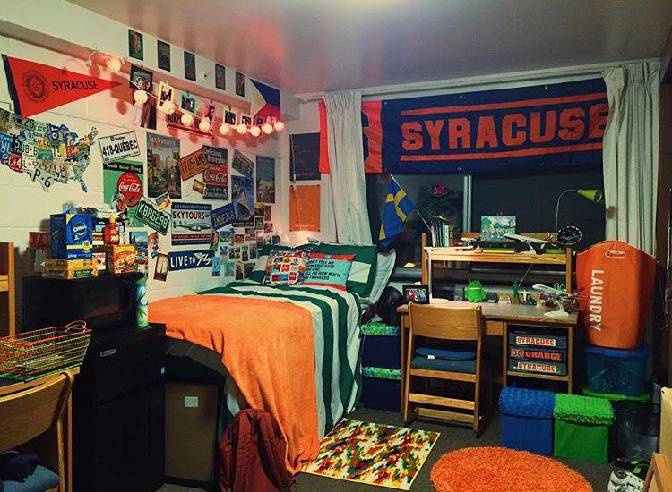 Who Loves Cuse?? This Guy Loves Cuse. Show Your School Pride By Buying  Orange Blankets, Rugs, Laundry Bagsu2026or A Giant Banner To Hang Across Your  Window. Part 64