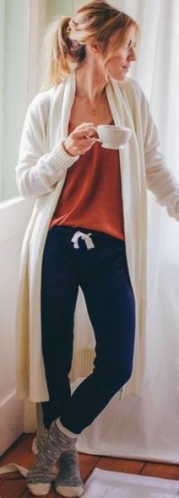 I love the look of these cozy navy jogger sweatpants and cardigan