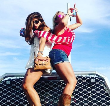 Tailgate at UNH, 10 Tips For The Perfect Tailgate At UNH
