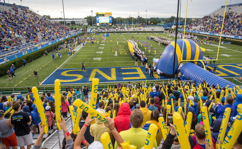 Assuming you're not planning on dragging mom and dad to a dage this Saturday, here is the ultimate guide to familyweekend at UD, it's going to be memorable!