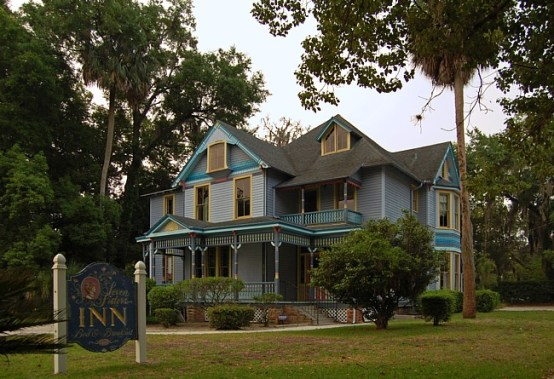 8 Haunted Places In Gainesville You Need To Visit