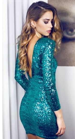 I love this blue sequin dress!