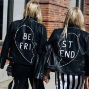 Looking for a holiday gift for your bestie? Take a look at these 30 awesome best friend gifts that are all under $30! What a steal!