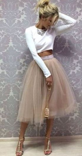 I love this skirt with the white crop top!