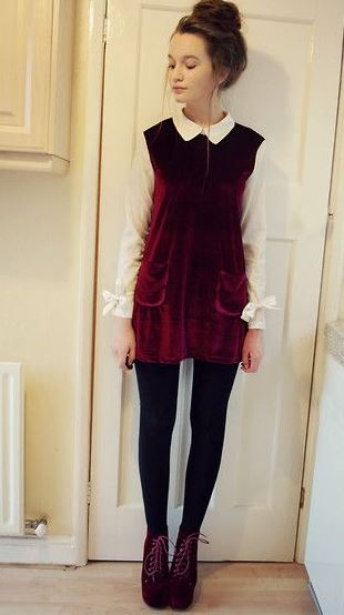 This burgundy velvet dress is so cute for a holiday party!