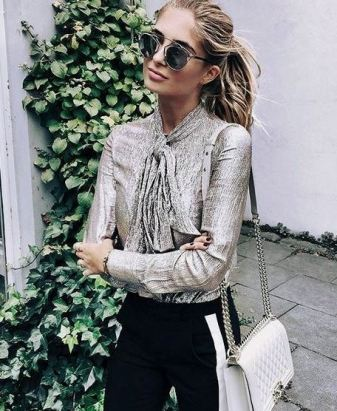 Gold metallics are the perfect fall fashion trend!