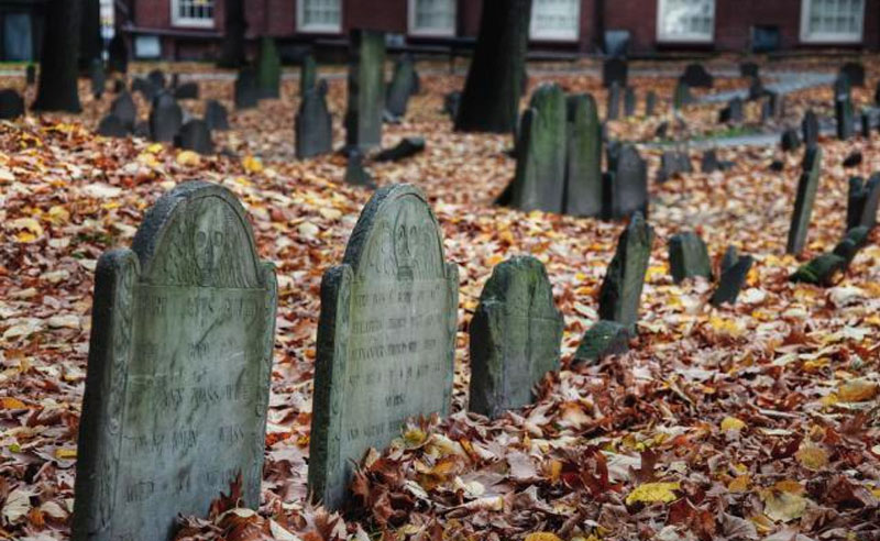 If you're into visiting haunted places around Massachusetts, check out these haunted places in Massachusetts to get your blood boiling again!