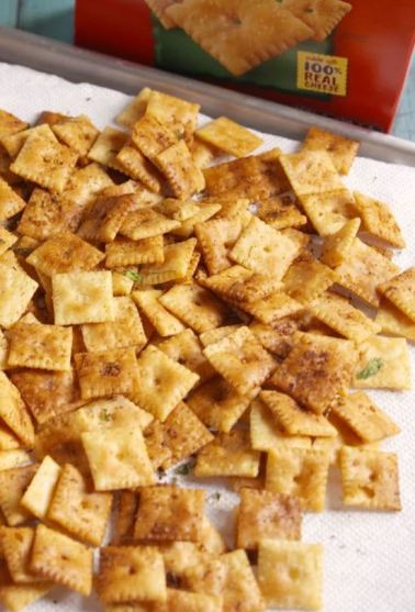 Cheez its are so delicious!