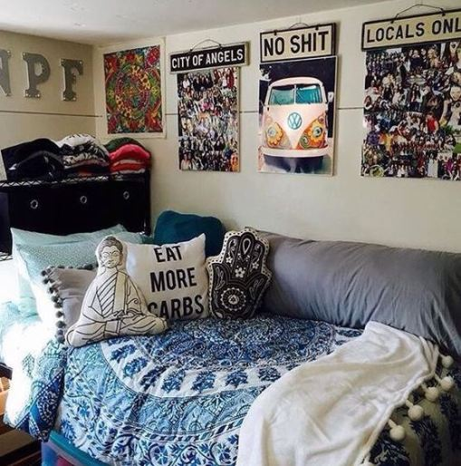 I love these cute pillows for this dorm room!