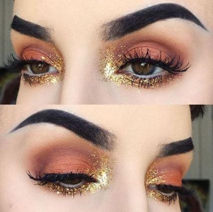 This glitter eyeshadow look is amazing!
