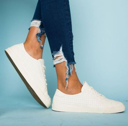 10 Cheap and Trendy Shoe Websites
