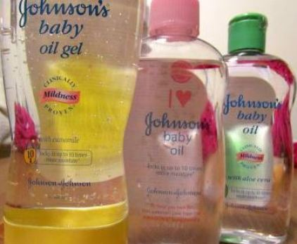 baby oils locks in moisture on skin after the shower!