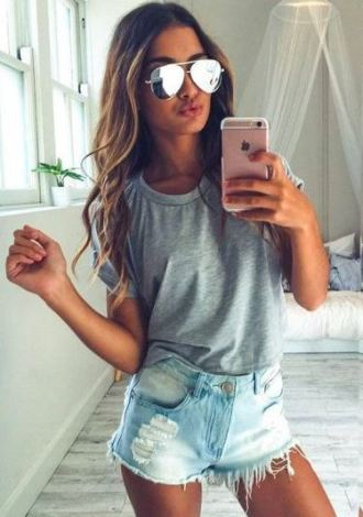 Basic t shirts and shorts make perfect summer outfits!