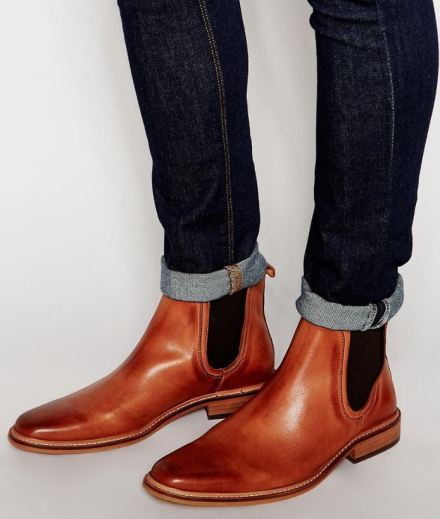 These leather boots are so stylish and are good guys shoes!