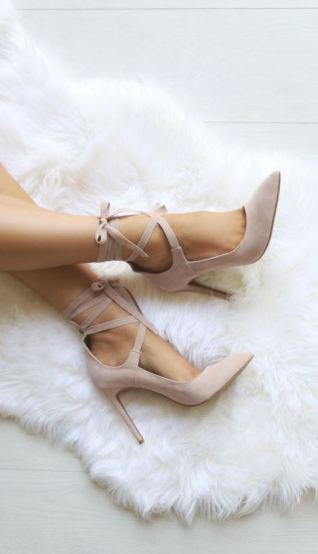 These are the best websites for cheap and trendy shoes!