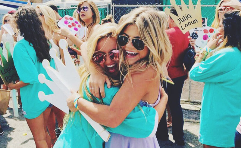 Are you thinking about sorority recruitment at The University of Alabama? If so, we compiled a list about the truth behind the recruitment process to help!