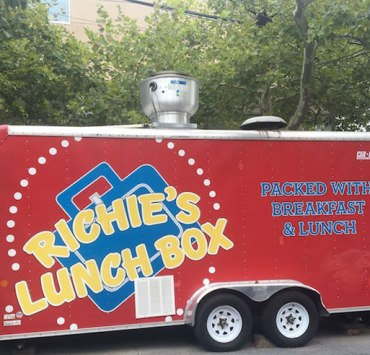 Food Trucks That Serve Great Breakfast For Cheap On Temple University's Campus