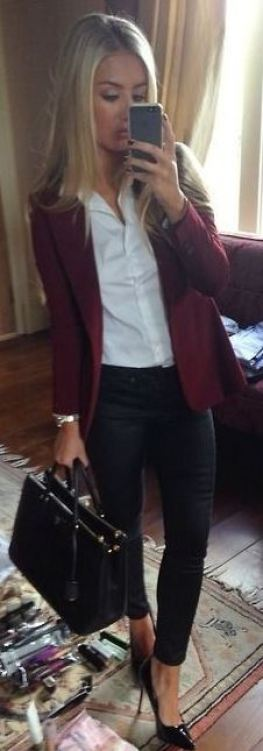 Having a well fitted blazer is a great tip for how to dress for an interview!
