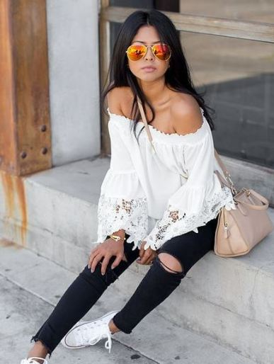 Sunglasses are things you'll definitely need for the spring semester to be on trend!