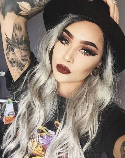 Bold makeup is perfect to finish off your edgy outfits!