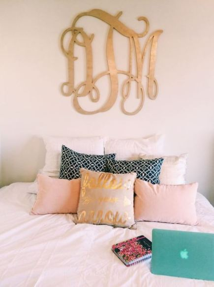 Monograms are a must-have for preppy dorm rooms!