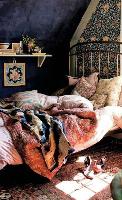 Mix and match floral with patterns for fun boho dorm rooms!