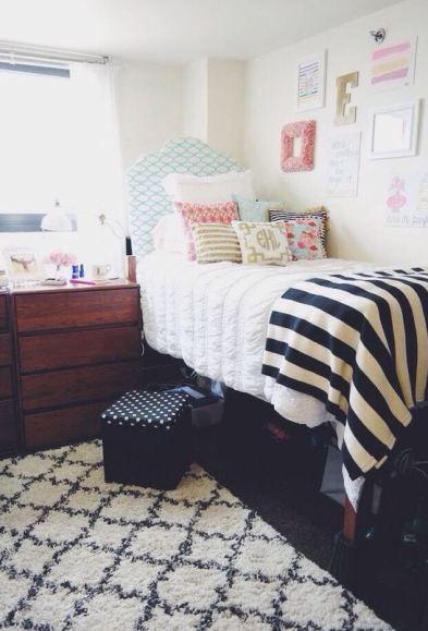 preppy bedroom. Stripes are perfect for preppy dorm rooms  25 Preppy Dorm Rooms To Copy Society19