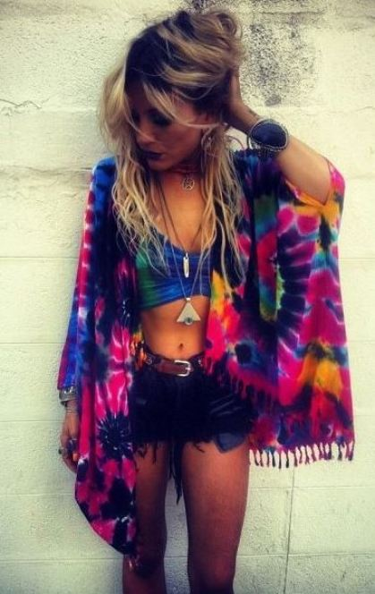 Tie Dye looks are perfect for festival outfits!