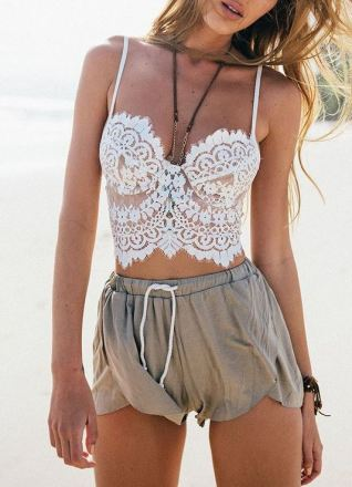 Lace bustier tops are such cute crop tops!
