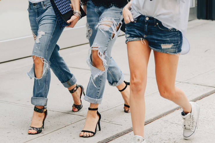 Finding cute jeans at an affordable price can seem impossible.So, we've made it easier with a list of the best, trendy websites for stylish and cheap jeans!