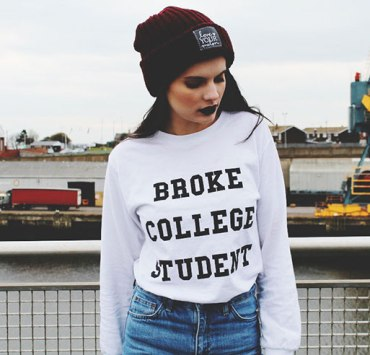 If you're ballin' on a budget this article is for you! Here are some things to do around the University of Alabama when you're broke AF.