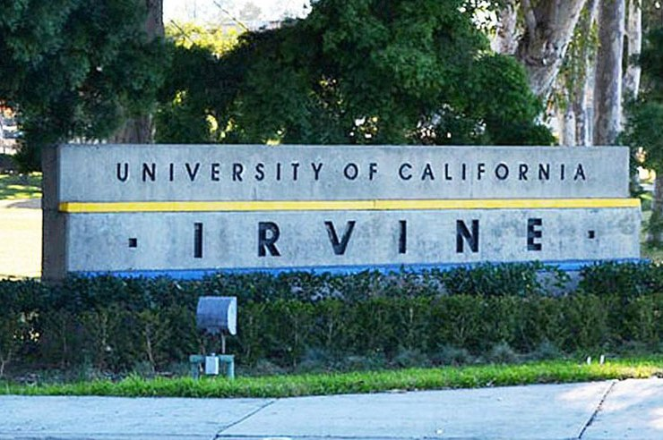 """Freshman Orientation at UC Irvine aka SPOP is a combination of some """"boring"""" speeches, emotional yet fun activities with your hall, and basically no sleep."""