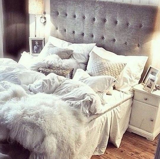 Furry accents are great ways to make your bedroom cozy!