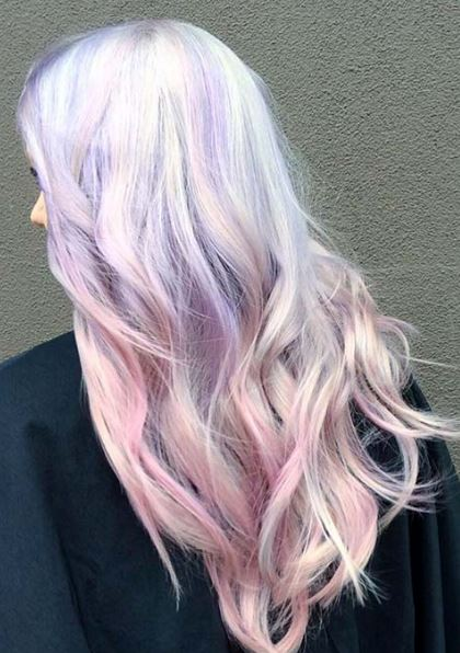 Pastel colors are so cute for brunette ombre hairstyles!