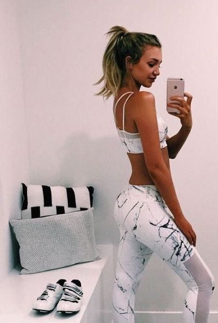 Workout clothes are a must for dorm room essentials checklist!