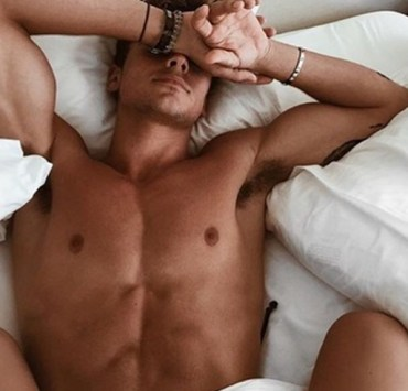 It seems almost impossible to avoid these texts from guys, no matter how hard you try. These are the 15 most common sexts every fuck boy sends!