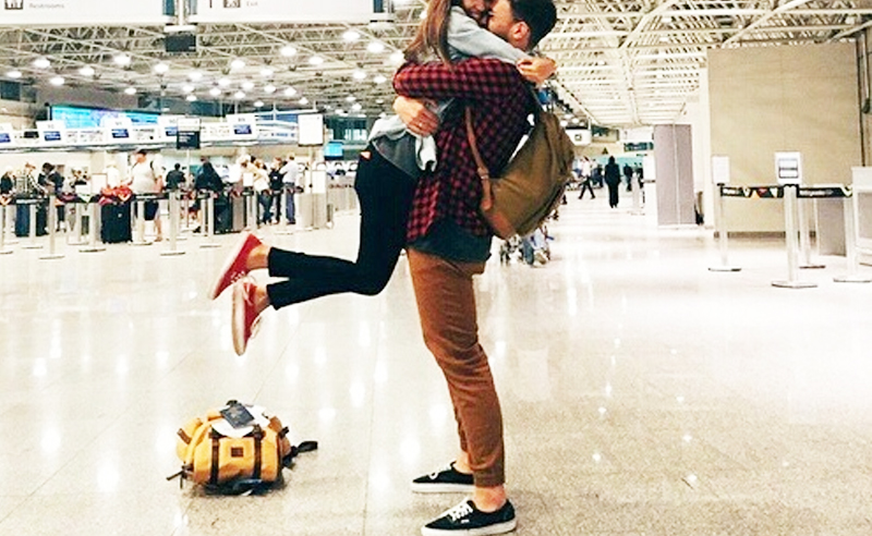 10 Signs You're In A Long Distance Relationship - Society19