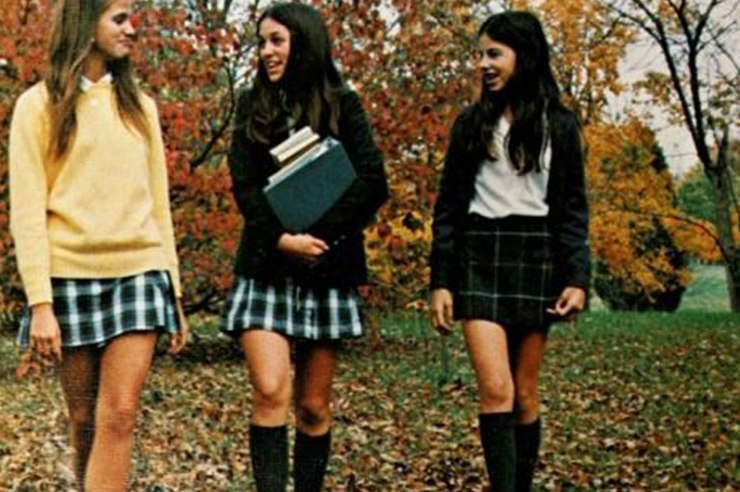 Who else gets used to constantly being asked if everyone at their school is a lesbian. Keep reading for 20 signs you went to an all girls private school.