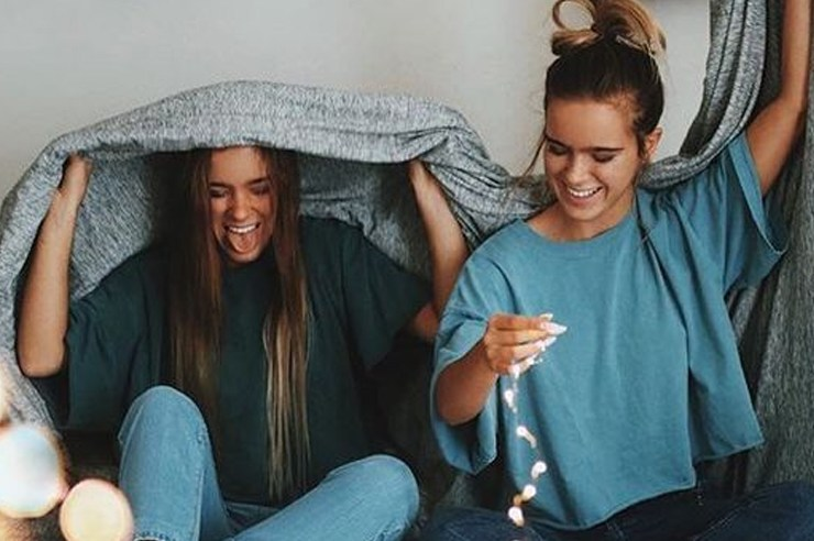 Whether you're an incoming freshman or a senior, living with other people can be difficult. These are a few of the best tips for living with roommates!