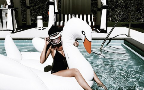 Pool floats are the must have item this summer! Whether you like big floats, pizza, swan or donut swimming pool floats, Amazon has some of best ones!
